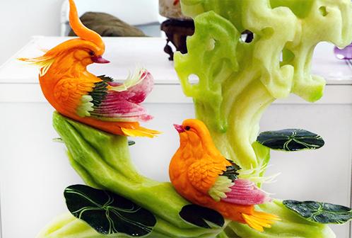 果蔬雕鸳鸯戏水
