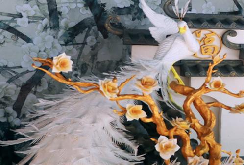 泡沫雕孔雀