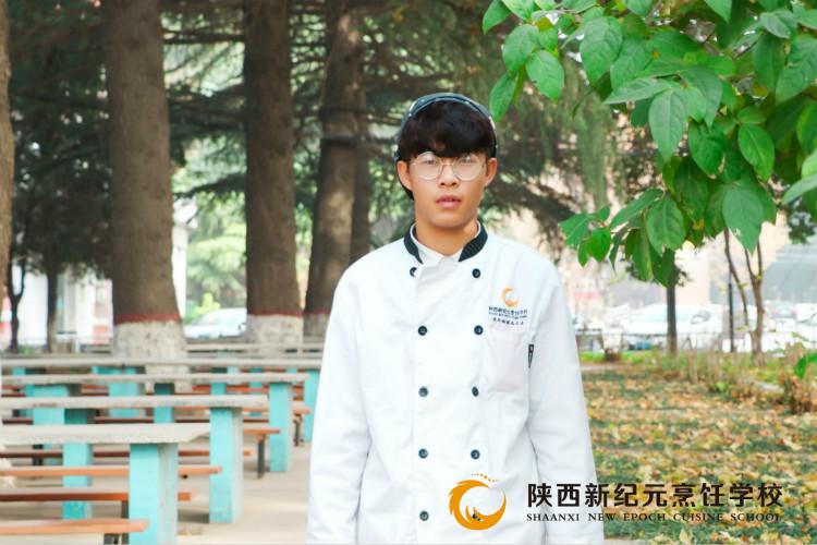 <b>【新生故事】刘振华:来自革命圣地,结缘新纪元学西点</b>