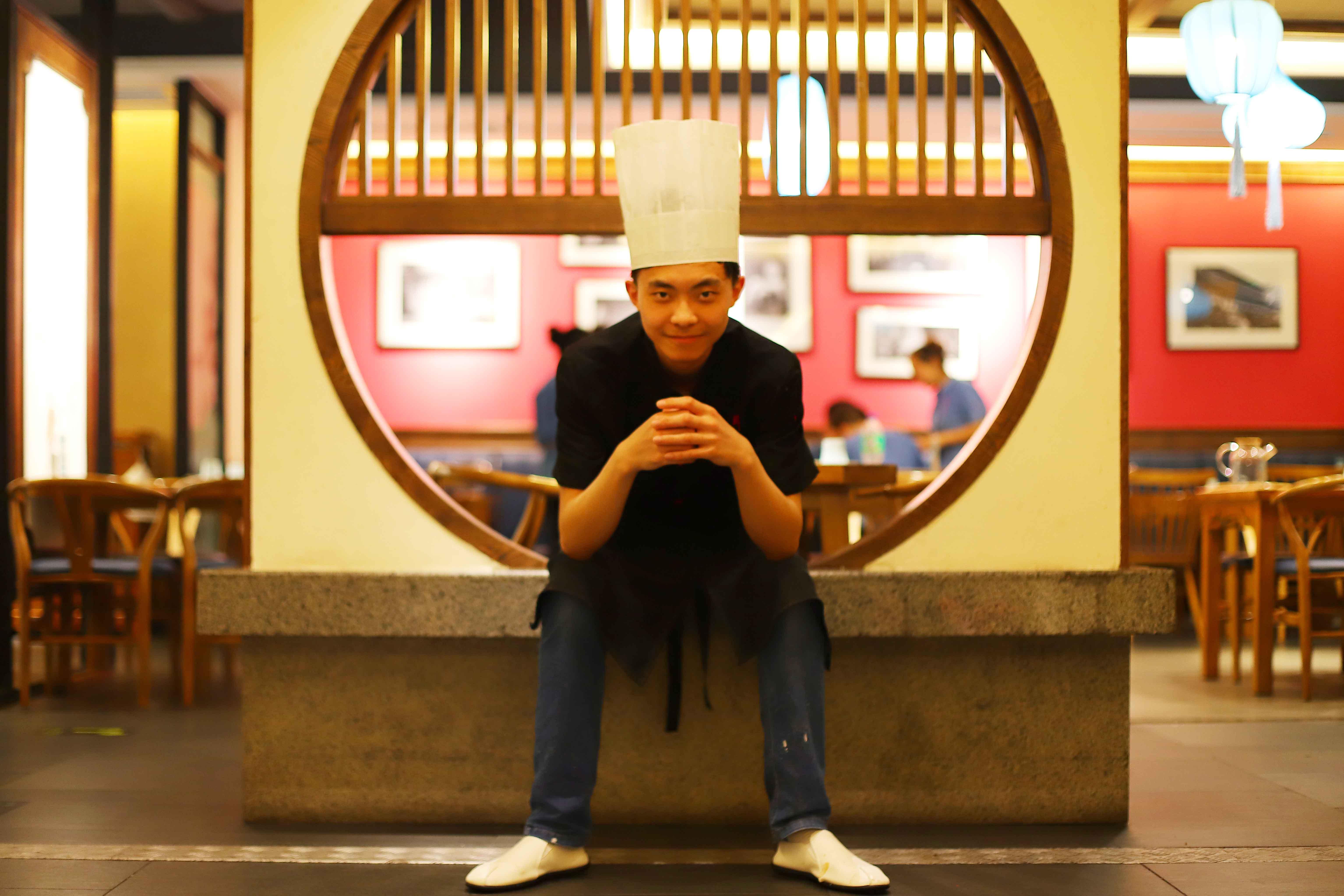 <b>陕西新纪元烹饪学校毕业学子郭启铵:夜空中最亮的星</b>