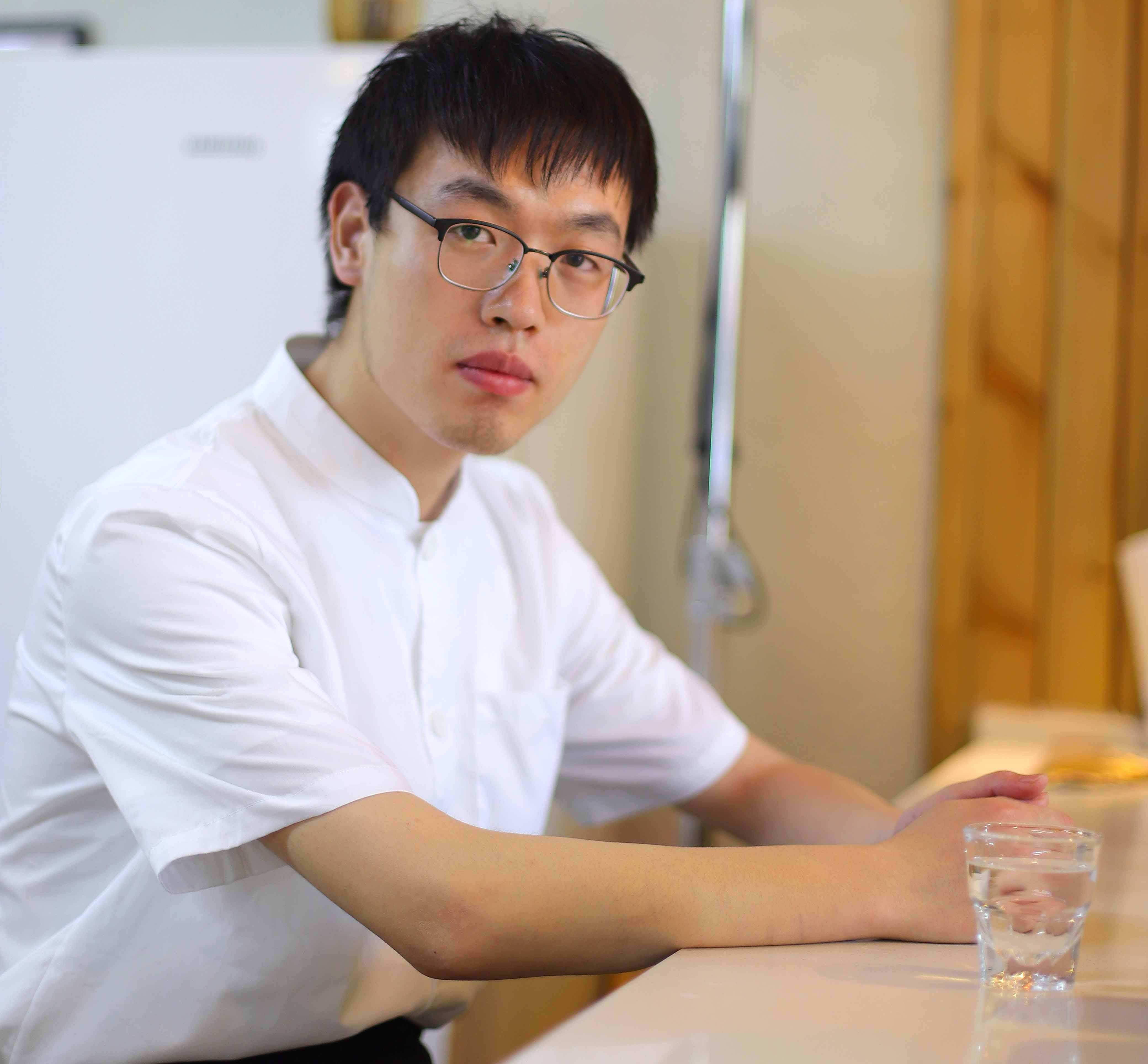 <b>陕西新纪元烹饪学校毕业学子景渊:选择一条路,就要走一辈子</b>