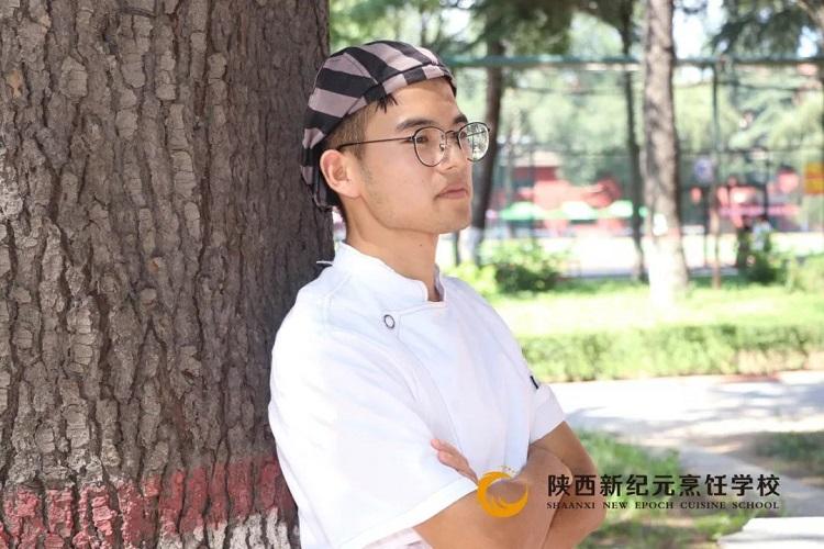 <b>新生故事|王楠:无热血、不青春</b>