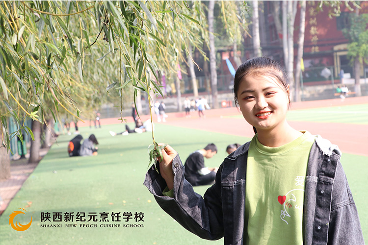 新生故事之李繁_�西新�o元烹��W校