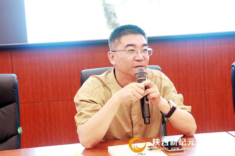 朱立挺大师进校园_陕西新纪元烹饪学校
